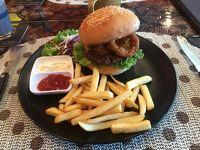 70. コーンケンで美味しいハンバーガーを食べる