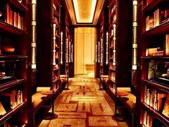 2020年秋:Go To Tokyo!フォーシーズンズホテル東京大手町『PIGNETO』でランチ&アートアクアリウム美術館で金魚鑑賞:夫婦で