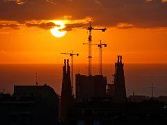 スペイン鉄道の旅 お正月のバルセロナとマヨルカ島(その8 グエル公園入場無料 サグラダファミリアとカサミラ)