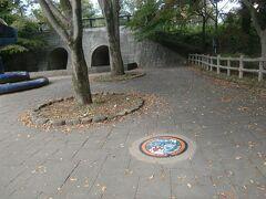 町田市の芹が谷公園のポケモンマンホール探しに行く