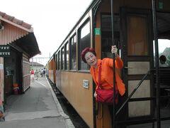 2004年フランスの旅⑥トウルノンーラマストラル鉄道、途中駅ではワインに音楽夜はピックでデイナー。