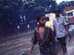 2000年 バングラディシュ