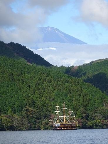 箱根の山は天下の険と申しますが<br />今まで中々来れなかった、箱根<br />東京でもGOTOが使えるようになり<br />今回は以前より憧れを持っていました<br />箱根へ行ってきました。