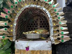 今日はブガッ ウワカン(Hari Pegat Uwakan)と言う儀礼の日