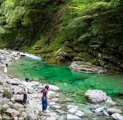高知04: 前日に続きもっとNIYODO BLUE! が見たくて安居渓谷へ