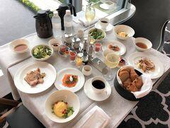 『ザ・カハラ・ホテル&リゾート横浜』宿泊記⑤インルームダイニングの朝食も予約が必要!【ジム】【スパ】のプール、屋外バイブラバス、大浴場は有料