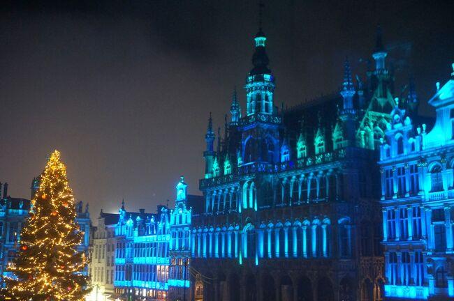 2019年12月2日~12月15日、12泊14日で、ベルギー、フランス、ドイツの16ヶ所のクリスマス・マーケットを巡ってきました!<br /><br />この旅のきっかけは、フォートラのトラベラー「ユリアさん」の一言、<br />「アルザス・リボーヴィレのクリスマス・マーケットに行きませんか?」。<br />また行きたいと思いながらも腰が上がらなかったクリスマス・マーケット巡りの旅、14年ぶりに火がつきました。<br />早速、行きたい所を盛り込んだ、3ヶ国を巡るプランに着手。<br /><br />でも、何事も思い通りにいかないのが世の常。旅行の少し前、フランスの交通機関のストを知る…。<br />シャンゼリゼのイルミネーション、予約したルーブル美術館の「ダ・ヴィンチ展」を泣く泣く諦めて、急きょパリを回避するコースに変更。ドイツ内を行ったり来たりして、効率、イマイチ。<br />おまけに、旅の6日目から風邪ひいた。(T-T)<br /><br />とまぁ、へこむこともあったけれど、暖冬のおかげで寒さに震えることもなく、かねがね行きたいと思っていたクリスマス・マーケットを訪れたり、ベルギー、フランス、ドイツの違いを感じたりしながら、いろいろなことに感動。大満足の旅となりました!<br /><br />そんなクリスマス・マーケット巡りのダイジェスト版を何回かに分けてお届けしていきます。<br /><br />まずは、ベルギー編から。<br /><br />* * * * * * * * * *<br />2019年12月2日(月)~12月4日(水)<br /><br />12月2日<br />羽田を発ち、フランクフルトに到着。<br />フランクフルト中央駅近くのホテルに泊まりました。<br /><br />12月3日<br />フランクフルト中央駅からブリュッセルへと移動して、グランプラスに面するホテルにチェックイン。<br />荷物を置いてすぐ、「ゲント」に向かいました。<br />冬の柔らかい日差しに包まれた中世の街は、観るものすべてが美しかった!!<br /><br />ブリュッセルに戻ったら、この旅の大きな目的の1つ、グランプラスで行われる音と光のショーを満喫。<br />18時を皮切りに、光のイリュージョンを4回も楽しむことができました。(^^)<br /><br />12月4日<br />午前中は、電車の時間までブリュッセルを散策。<br />「聖カトリーヌ教会」を訪れ、その帰りにノルトゼーで小エビのコロッケをつまんで、ビール博物館でベルギー・ビールを一杯。<br /><br />当初はブリュッセルからパリに移動するはずでしたが、再びドイツに戻ります。<br /><br />【関連旅行記】<br />入国審査はどこー?駅はどこー?ホテルはどこー?フランクフルトでウロウロ クリスマス市巡りの旅1<br />https://4travel.jp/travelogue/11582240<br /><br />なんてこったのストだけど、目指せ15年ぶりのブリュッセル! クリスマス市巡りの旅2-1<br />https://4travel.jp/travelogue/11582345<br /><br />柔らかな冬の陽射しに包まれた中世の面影残るゲント街歩き♪ クリスマス市巡りの旅2-2<br />https://4travel.jp/travelogue/11582469<br /><br />夜のブリュッセルをぶらり☆グランプラス光のショー♪念願のムール貝は…? クリスマス市巡りの旅2-3<br />https://4travel.jp/travelogue/11585676<br /><br />朝のブリュッセルをぶらり☆高すぎる小エビのコロッケ、ビール無料の博物館? クリスマス市巡りの旅3-1<br />https://4travel.jp/travelogue/11587629<br /><br />【旅行記グループ】<br />クリスマスマーケット巡り2019.12(ベルギー、ケルン、アルザス、シュトゥットガルトほか)全24冊<br />https://4travel.jp/travelogue_group/26879<br /><br />【旅程】<br />12/2:羽田~フランクフルト(フランクフルト泊)★<br />12/3:フランクフルト~ブリュッセル、ゲント(ブリュッセル泊)★<br />12/4:ブリュッセル~ケルン、カイザースヴェルト、デュッセルドルフ(ケルン泊)★<br />12/5:ケルン~フライブルク(フライブルク泊)<br />12/6:フライブルク~リボーヴィレ、リクヴィル(リボーヴィ