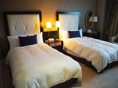 横浜さんぽ16☆横浜のクラシカルホテル「ホテルニューグランド」に泊まってきたよ!秋バラも♪