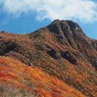 くじゅうの秋を満喫! その1虎乃湯宿泊、そして紅葉が見事な大船山へ