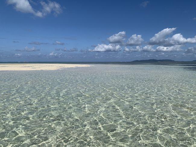 2日目は朝イチから竹富島へ<br />コンドイビーチまで電動自転車でサイクリング<br />表紙はこの日のコンドイビーチです