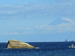 南伊豆・青き海原に隆起した海底火山を歩く 石部・雲見・烏帽子山・高通山・波勝・伊浜 編