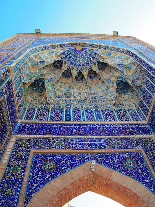 何があるの?どこにあるの?そんな疑問が詰まったウズベキスタン。行ってみたらとんでもなく美しく、暖かく、親日で過去一の国でした。