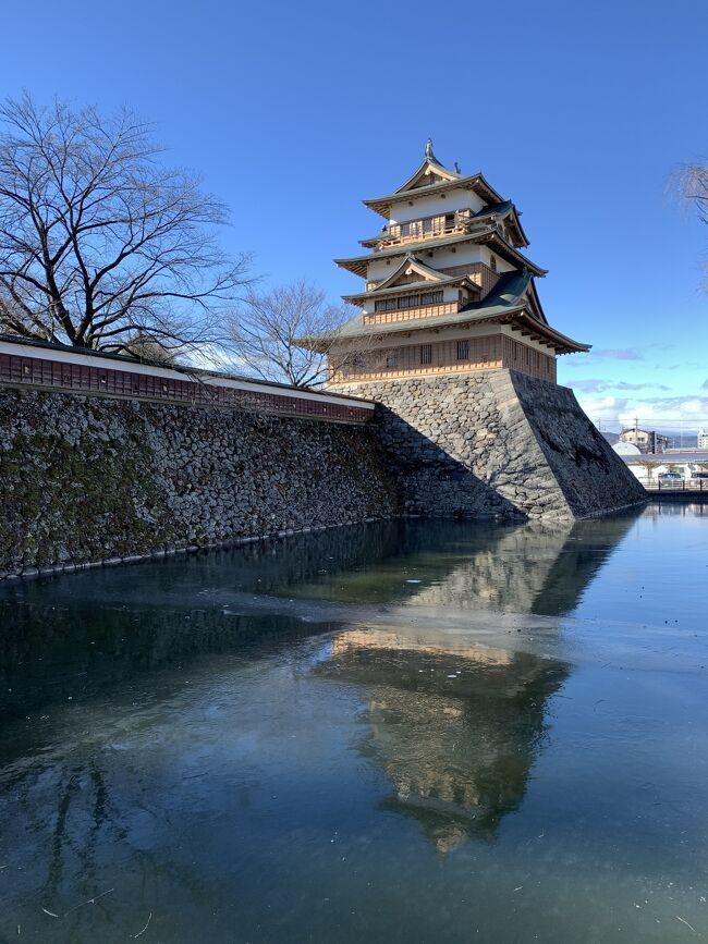 高島城から城下町の雰囲気がちょっぴりと残る鑓の手を歩く