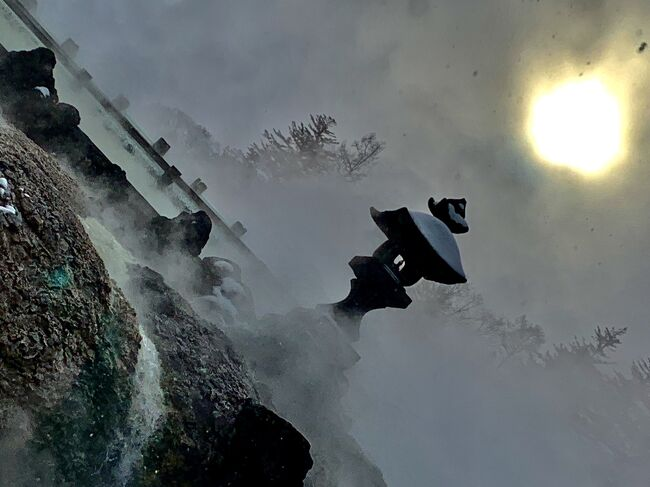 特別な12月。<br /><br />ゆっくりと温まって家路へ。<br /><br />途中で、冬の景色を楽しむ。<br /><br />そして毎年恒例の行事を…