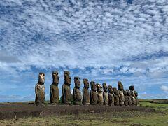 南洋の孤島に佇むモアイがいい味出してたYo イースター島にて