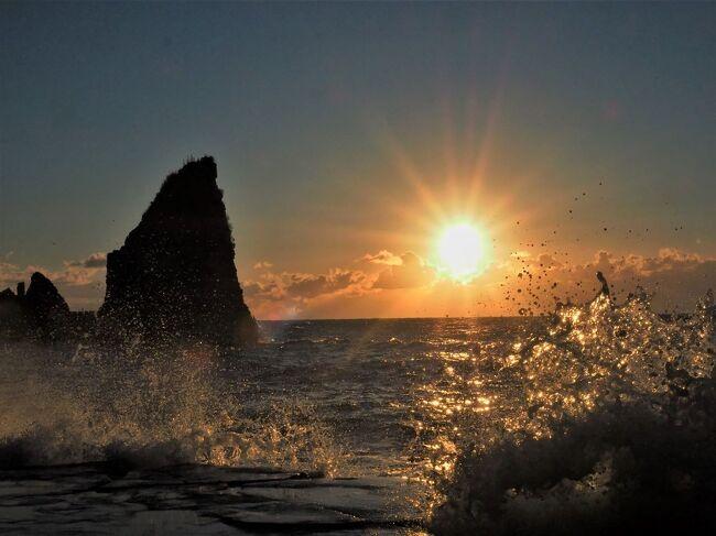 御宿の大波月海岸で初日の出。<br />勝浦の鵜原海岸等徘徊してきました。