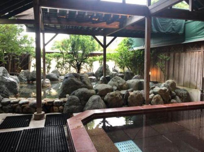 すっかり暑くなった7月後半、河口湖町のクーポンを利用して1泊2日で温泉に行きました。