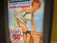 初めてのミラノ その9 (イタリア・スペイン・ポルトガル・オランダ 12日間の旅 その1-9)オー・モーレツ的な、メトロの駅構内の広告!