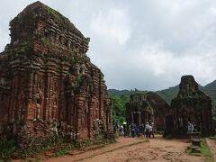 年末年始ベトナム北中部紀行(4) 廃墟感漂うチャンパ王国の聖域 ミーソン遺跡
