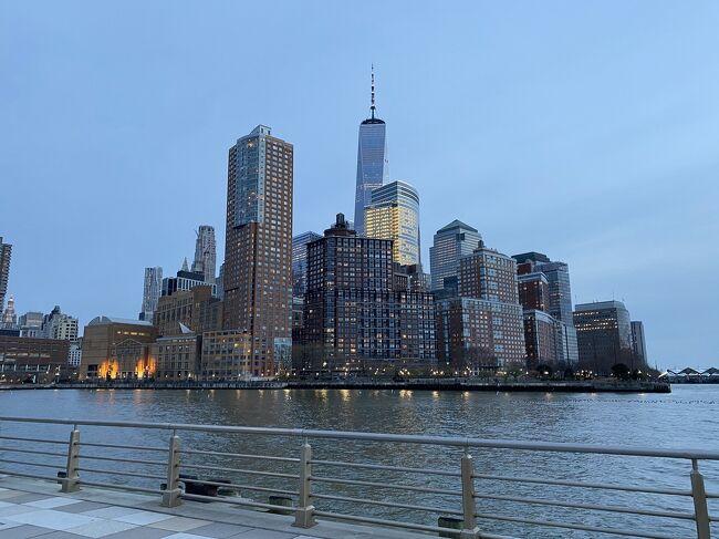 2020年のニューヨーク街歩き2<br /><br />3月、マンハッタンで最初のコロナ感染者が出てから、街はがらっと変化しました。