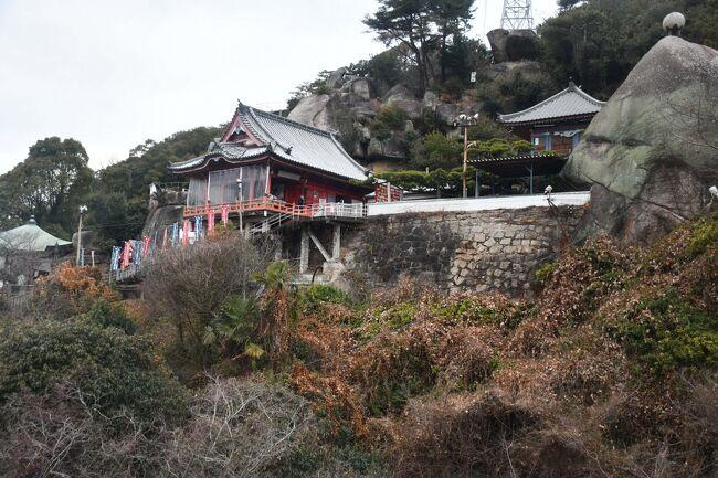 福山、尾道、大久野島、三原を二日で巡ってきました。鞆の浦に行くのに往復で三時間かかり、千光寺ロープウェイが最終便になってしまいました。ロープウェイには猫ちゃんも乗ってきました。<br /><br />