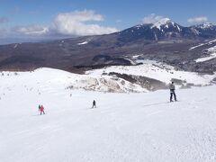 車山高原スキー場へバスツアーで行きました。