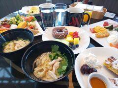 ふと思い立って東京マリオットホテルに連泊してきた。