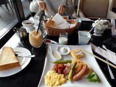 10.年末年始のエクシブ8連泊 朝日のショー エクシブ箱根離宮 ダイニング&ラウンジ ベラヴィスタの朝食