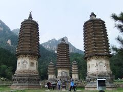 北京、銀山塔林に遊ぶ。