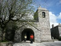 巡礼路最古の教会が残っている峠の村、オ・セブレイロ