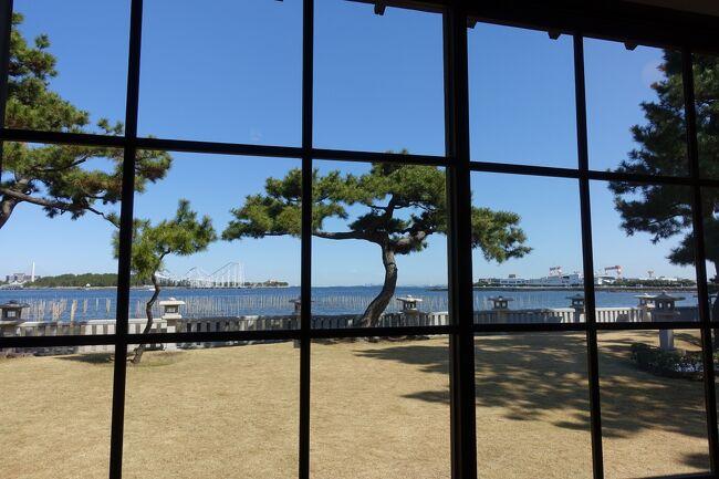 昨日の悪天候が嘘のような快晴になり思わずカメラを持って久しぶりに海も見たかったので京急に乗って野島公園の散歩に行ってきました。最近司馬遼太郎の歴史小説にはまりはじめて幕末から明治維新に興味が湧き、野島公園に伊藤博文ゆかりの地があることを知り行ってみることにしました。