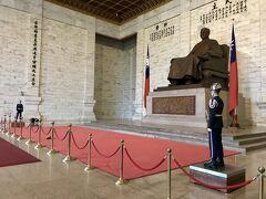 夫婦2人でGWの台湾旅行5泊6日_3日目(国立台湾博物館・二二八和平公園・総統府・中正紀念堂)