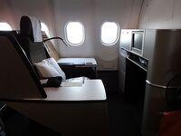 5歳娘を連れて年末年始マルタ+シチリア10日間19-スイス航空+中国国際航空ビジネスクラス搭乗記