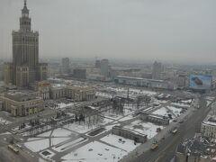 雪景色のワルシャワ市街