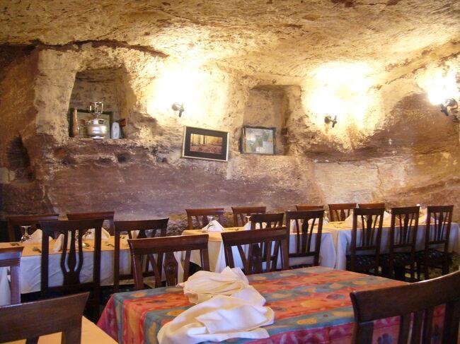 トルコ 絶景と歴史を感じるの旅 その2 カッパドキア 洞窟ホテルとギョレメで壺ケバブ編