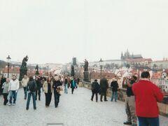 2007年春、フィルムカメラとガラケーの画像で振り返るヨーロッパ卒業旅行(その1・プラハ編)