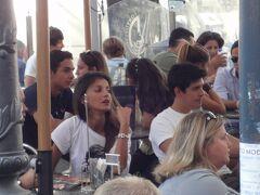 初めてのローマ その14(イタリア・スペイン・ポルトガル・オランダ 12日間の旅 その4-14)街歩き⑫ オープン・カフェの美男美女!
