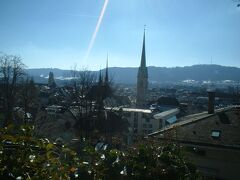 湖畔の町、チューリヒは清潔な町