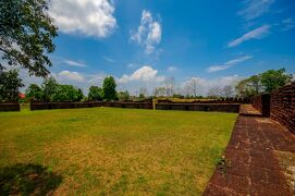 タイの遺跡を全部巡るつもりが、コロナの影響で北部だけで終わってしまった旅 その9 郊外の遺跡へ