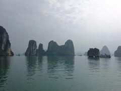 年末年始ベトナム北中部紀行(9) 奇岩立ち並ぶ龍の舞い降りた湾 世界遺産のハロン湾