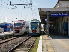 北東イタリア鉄道の旅(その6 ヴェネツィアからローカル列車で巡る屋根付きの木造の橋のバッサーノ・デル・グラッパ)