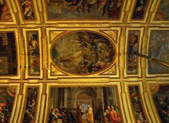 シチリア・南イタリア13日間旅行記⑰ナポリ篇2 王宮、サンタ・ルチア、マルティーリ広場