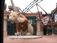 ミシガン州 デトロイト - デトロイトタイガースの本拠地コメリカパークはオールスター戦の余韻が残っていました。