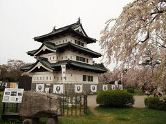 2021弘前城の桜を見に来た