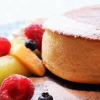 ピア8 ☆ 厚焼きパンケーキ(ついでにインターコンチで食べたパンケーキの画像を集めてみた)