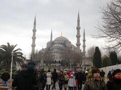 イスタンブール市内観光。天候不良で飛行機大幅乱れてラッキーでした。
