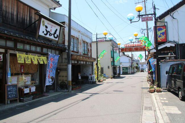 日本航空のどこかにマイルで行った山口・大分旅行の2日目前編です。<br />ホテル近隣の厚狭地区の無名だけど気になる見どころを見た後、少し遠回りの中国道経由で壇之浦PAを通り大分県へ。大分はまだ未訪問だった県の一つで、今回初到達になりました。これで残り未踏の県は徳島と沖縄の二県になりました。<br />当初は宇佐神宮から見ていこうと思ったんですが、効率的に回るルートなどを考えて豊後高田の昭和の町を訪れました。このパートは昭和の町編になります。<br /><br /><br />どこかにマイルで山口宇部空港へ!山口・大分の旅-準備編<br />https://4travel.jp/travelogue/11694461<br /><br />どこかにマイルで山口宇部空港へ!山口・大分の旅-1日目前半<br />https://4travel.jp/travelogue/11695643<br /><br />どこかにマイルで山口宇部空港へ!山口・大分の旅-1日目後半<br />https://4travel.jp/travelogue/11695656<br /><br />どこかにマイルで山口宇部空港へ!山口・大分の旅-2日目前半<br />(←イマココ<br /><br />どこかにマイルで山口宇部空港へ!山口・大分の旅-2日目後半<br />https://4travel.jp/travelogue/11696739<br /><br />どこかにマイルで山口宇部空港へ!山口・大分の旅-3日目前半<br />https://4travel.jp/travelogue/11700039<br /><br />どこかにマイルで山口宇部空港へ!山口・大分の旅-3日目後半<br />https://4travel.jp/travelogue/11700051<br /><br />完結しました。いつも皆様ありがとうございます。