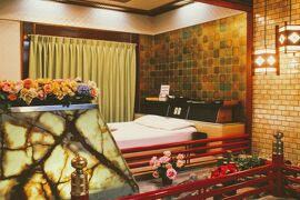 大阪・神戸、昭和を求めひとり彷徨う。(その3・大阪メジャーレトロスポット、ホテル富貴に泊まりマヅラで朝食)