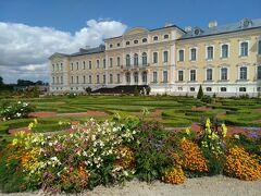 ルンダーレ宮殿