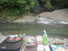 秋川渓谷BBQ十里木ランドでBBQと川沿い景色を楽しんだ後は秋川渓谷瀬音の湯へ、最後は東京で唯一の道の駅八王子滝山でお買い物